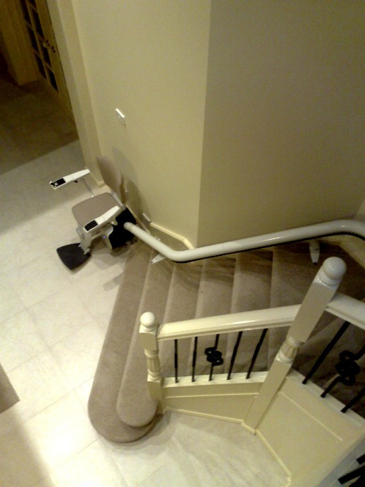 Flow 2 Curved Rail Stairlift
