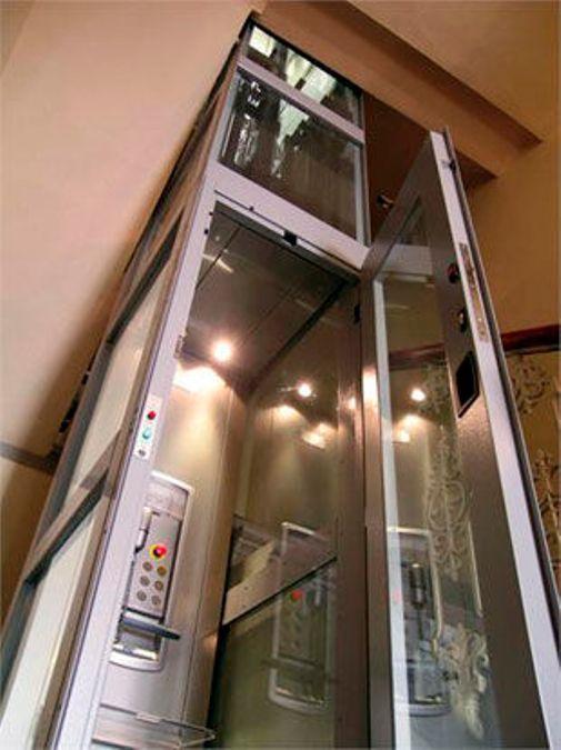 Thyssenkrupp Indoor Vertical lift