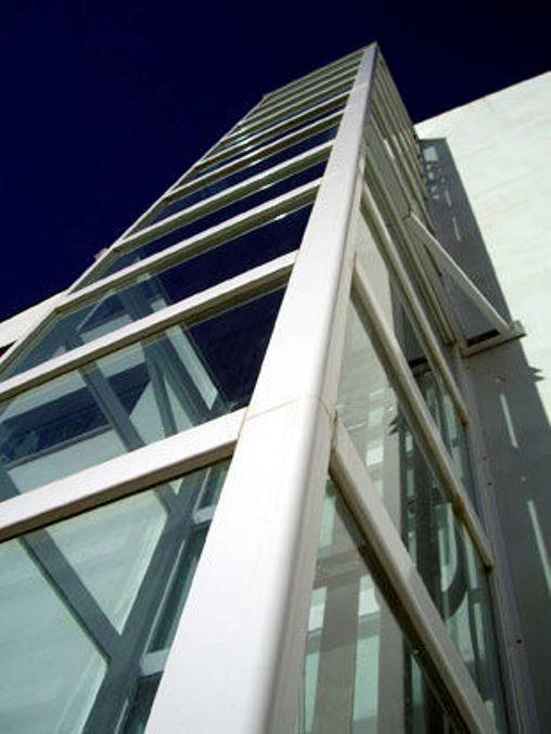 Thyssenkrupp Outdoor Vertical lift