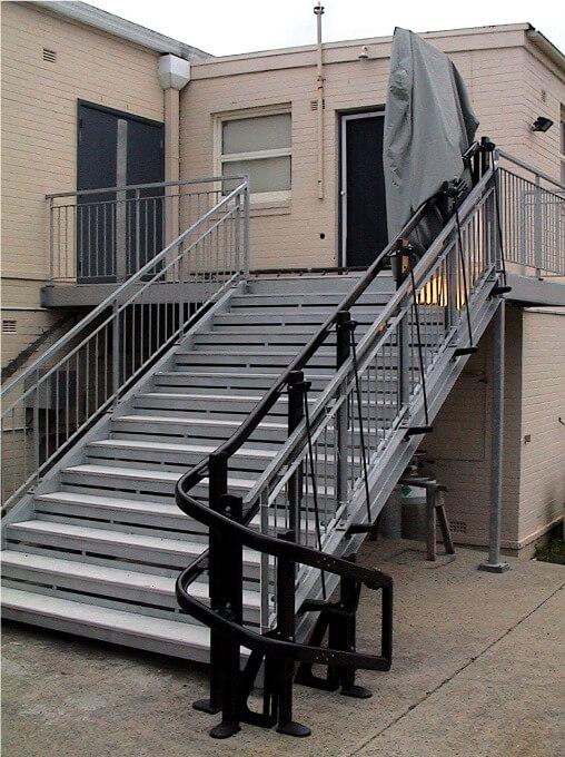 v65 vimec outdoor curved rail platform chair lift